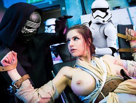Watch Star Wars XXX Porno-parody. Kylo Ren with his stormtroopers interrogates Rey video